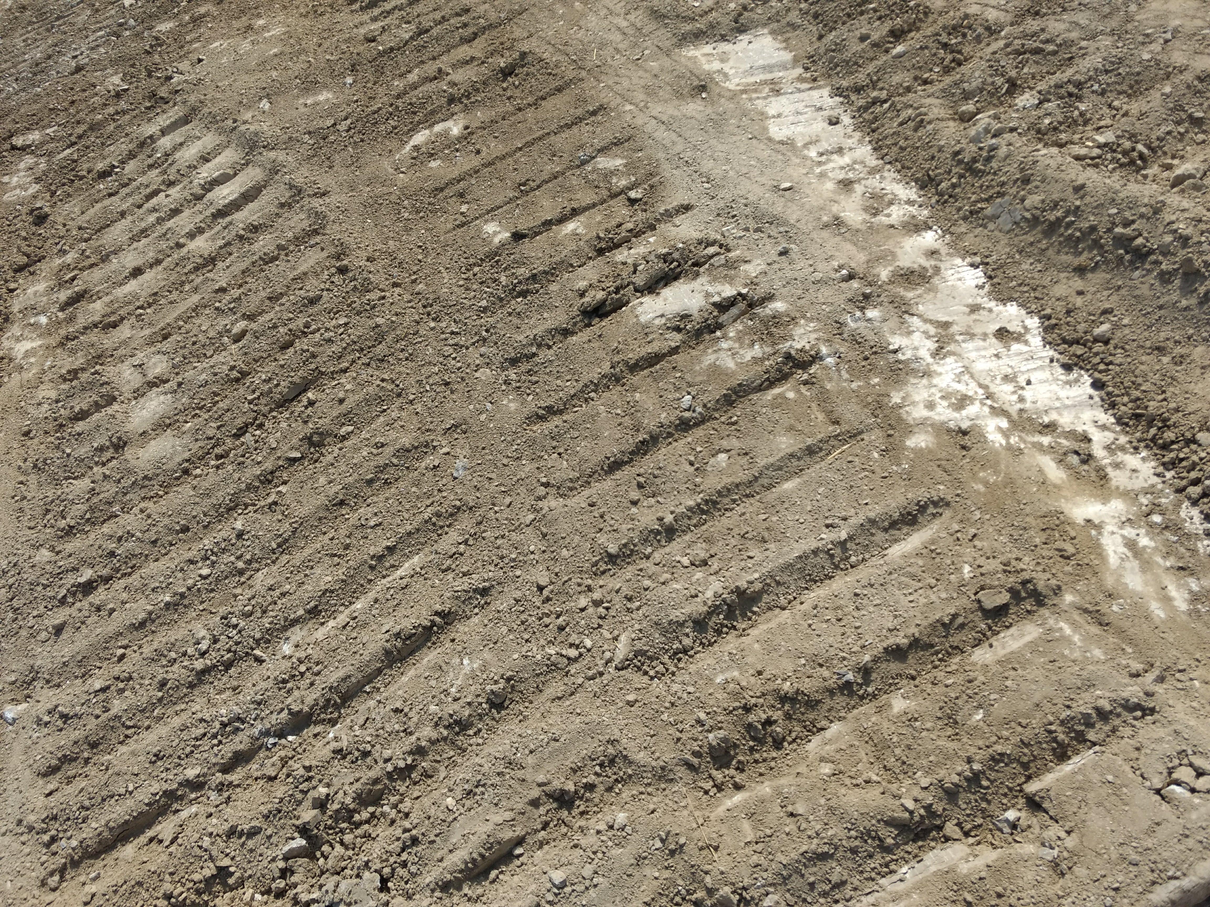 Reparación de caminos en Las Pedrosas
